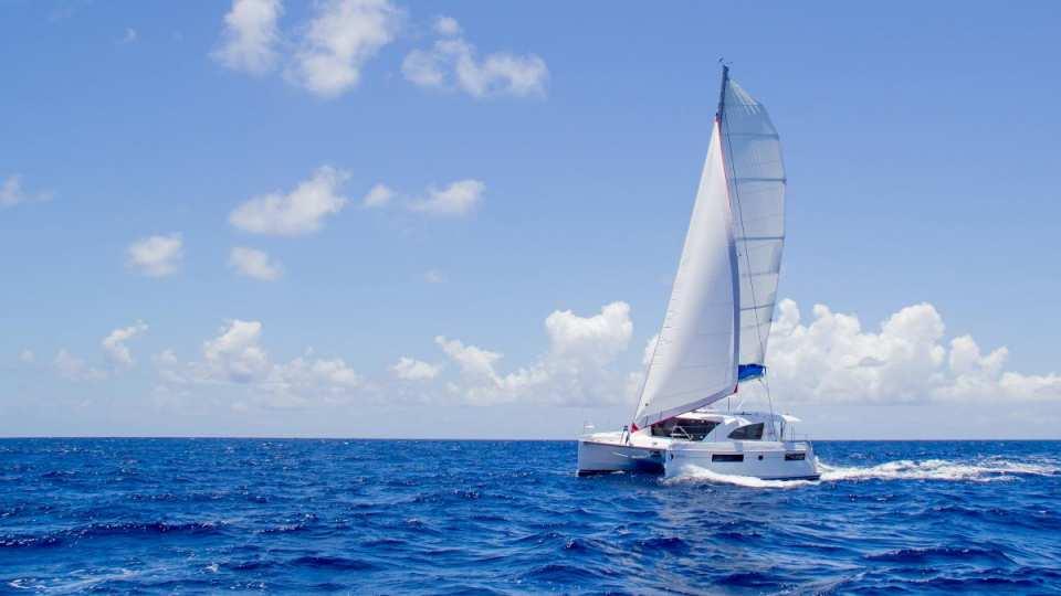 Sunsail 403-3 Cabin